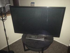 52 inch Panasonic smart TV for Sale in Austin, TX
