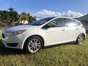 Ford FOCUS HATCHBACK 2016 for Sale in Windermere, FL