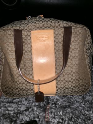 Coach purse and make up for Sale in Tacoma, WA