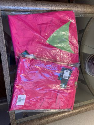 Med Couture hot pink scrubs for Sale in Chino Hills, CA