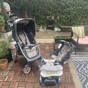 Chicco Bravo Stroller And Infant Car Seat Combo. for Sale in Los Angeles, CA