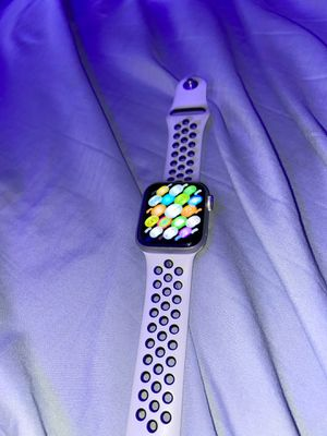 series 4 apple watch nike addition for Sale in Spring, TX