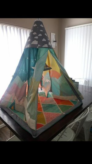 Grow with me play teepee for Sale in Glendale, AZ