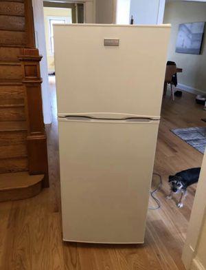 Frigidaire refrigerator for Sale in Washington, DC