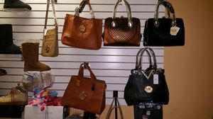 Hand bags starting @ $40 and up for Sale in Lithonia, GA