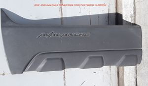 2002 -2006 AVALANCE DRIVER SIDE FRONT EXTERIOR CLADDING for Sale in Lancaster, CA