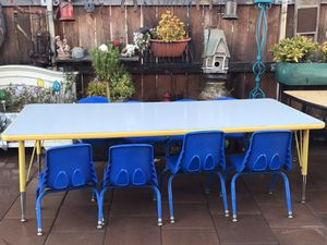 Table and chair for Sale in National City, CA