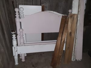 One twin bed frame $20 for Sale in Modesto, CA