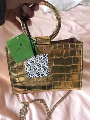 Kate spade gold mini purse for Sale in Los Angeles, CA