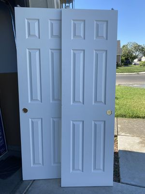 Sliding closet door for Sale in Fresno, CA