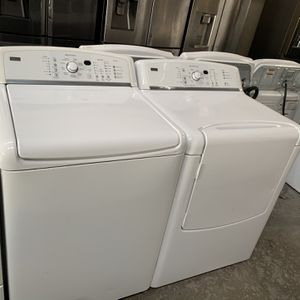 Kenmore Elite Oasis Washer & Steam Electric Dryer for Sale in Lewisville, TX