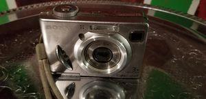 sony cybershot camera for Sale in Minneapolis, MN