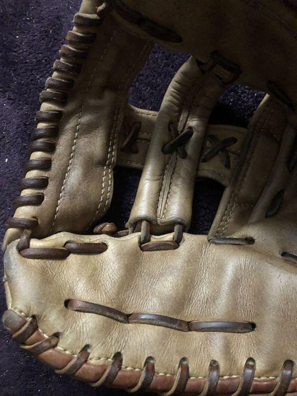 Nokona Pro Line Baseball Glove
