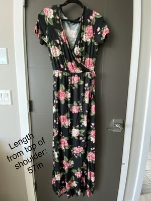Maxi dress (more dresses on page!) for Sale in Renton, WA