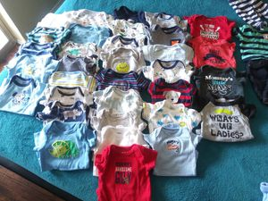 Newborn boys clothes and box/bag of 3 months for Sale in Arlington, TX