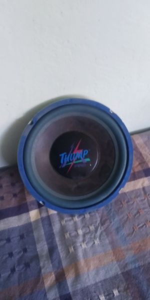 Thump 200 watt audio speaker 10 inch for Sale in Fresno, CA