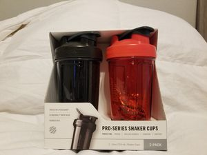 Blender Bottle Pro-series 24oz Shaker Cup, 2-pack Features for Sale in Modesto, CA