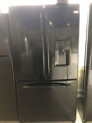 Fridge GE French doors for Sale in Pompano Beach, FL