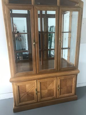 China Cabinet & 6-Chair Dining Table TOGETHER - VERY GOOD for Sale in Aldie, VA