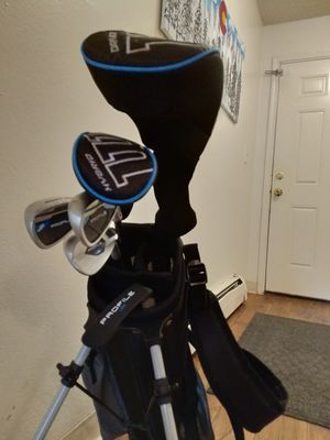 Wilson Profile Complete Junior Golf Set w/Golf Bag for Sale in Lakewood, CO