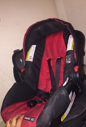 Infant car seat for Sale in Las Vegas, NV