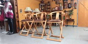 Set of 3 premium bar stools with arms by International I.P.F. for sale 🍸 for Sale in BRECKNRDG HLS, MO