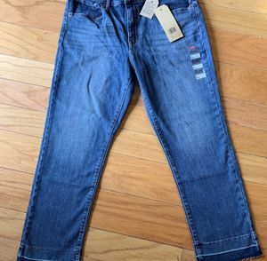 Levi's size 32 for Sale in Sterling, VA