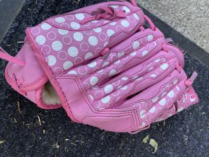 Tball gloves for Sale in Artesia, CA
