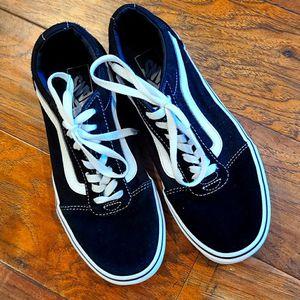 Unisex Vans Skater Shoes Men's Sz 7 Women's Sz 8.5 for Sale in Madison Heights, VA