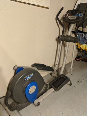 FOR TRADE - Pro-Form XP 130 Elliptical Exercise Machine for Sale in Toledo, OH