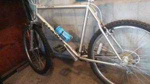 Giant Yukon SE Mountain Bike for Sale in Denver, CO