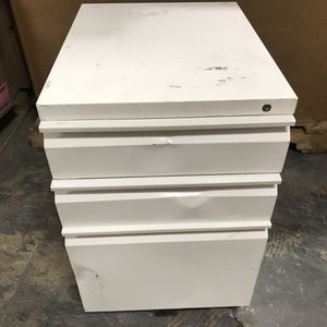 "File Cabinet 19.7"" Depth, Legal/Letter Size, White for Sale in Upland, CA"
