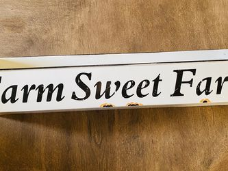 Farmhouse Wall Hanging Storage Bin for Sale in Gonzales,  CA