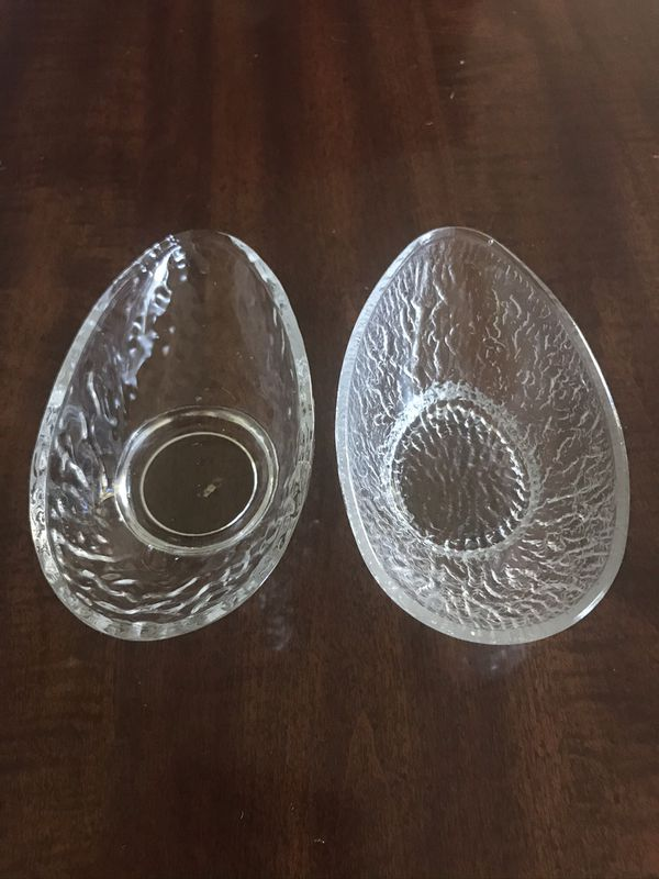 Vintage Avocado dishes/ bowls 8 total. Sold as each.