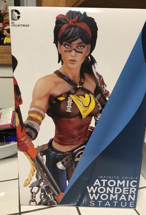 DC infinite crisis Atomic Wonder Woman statue RARE for Sale in Winston-Salem, NC