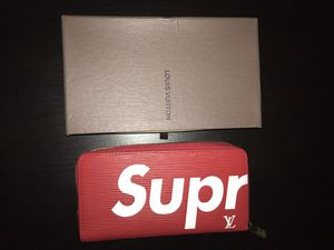 Louis Vuitton x supreme wallet for Sale in Vancouver, WA