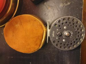 Vintage orvis cfo.v fly fishing reel with case. Made in england... for Sale in Fresno, CA