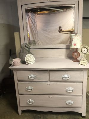 Gorgeous Antique Shabby Chic Princess Dresser for Sale in Franklin, TN