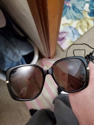 Gucci women's brand new sunglasses retail at 420 I'll let them go for 300 100 % authentic for Sale in Pittsburgh, PA