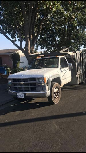 3500 HD Chevrolet 2001 Flatbed for Sale in Union City, CA