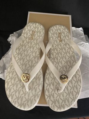 Michael Kors sandals for Sale in Lacey Township, NJ