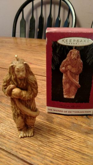 Hallmark Wizard of Oz Lion for Sale in Charlottesville, VA