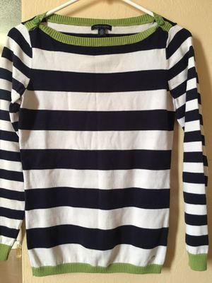 Tommy Hilfiger knit sweater size small for Sale in Rosemead, CA