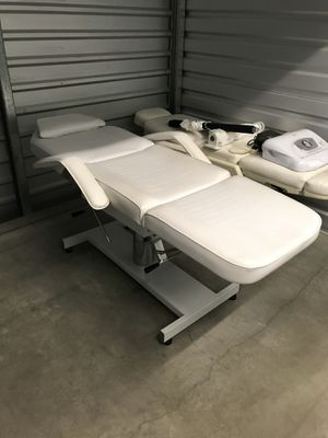 High end esthetician's chair / bed for Sale in Whittier, CA