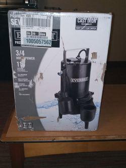 Everbilt Professional Sewage Pump for Sale in Tacoma,  WA