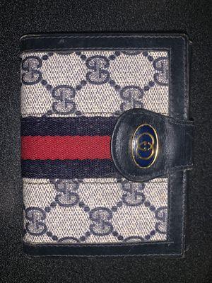 Vintage Gucci wallet for Sale in Atlantic Highlands, NJ