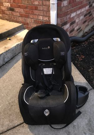 Car seat for sell my son just outgrew it we don't need it I live in Jeffersonville IN 10 from Louisville ky let me know if interested. for Sale in Jeffersonville, IN