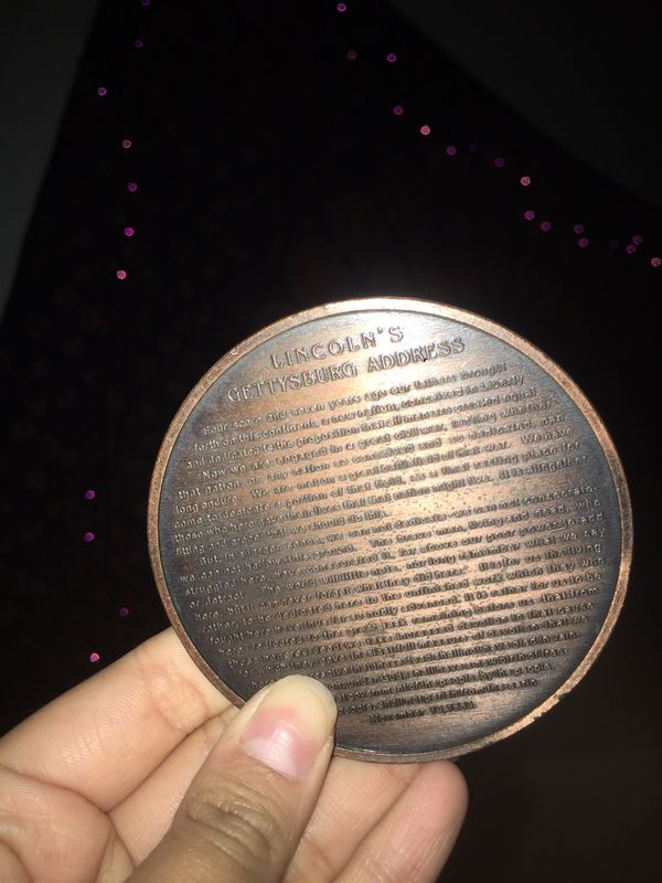 Abraham Lincoln Coin with Gettysburg Address
