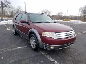 08 Ford Taurus SEL X AWD 3rd Row for Sale in Hartford, CT