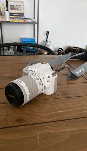 canon rebel sl1 works perfectly good for Sale in Los Angeles, CA